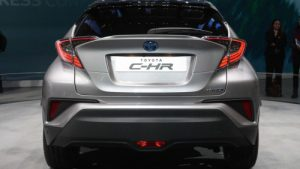 ch-r_front_rear